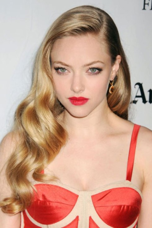 Amanda Seyfried's Ribbon Curls