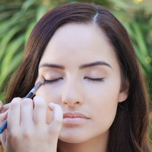 Prep-up Your Eye Lids for Smokey Eye Makeup