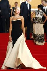 Cannes Best Dressed- Blake Lively in Gucci Premiere