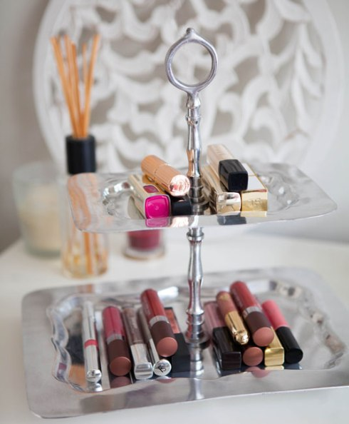 Cupcake Tray To Hold Your Lipsticks