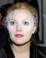 Drew Barrymore's Ghostly Powder Makeup