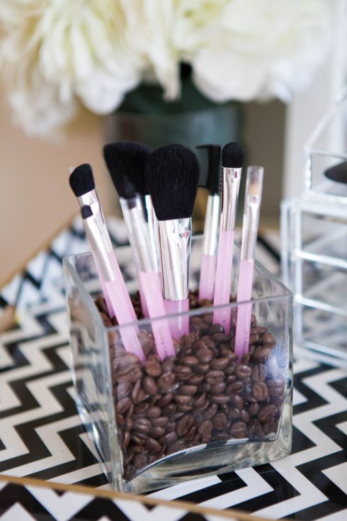 Flower Vase As A Make Up Brush Holder