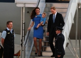 Prince George Color coordinated With Mum Middleton