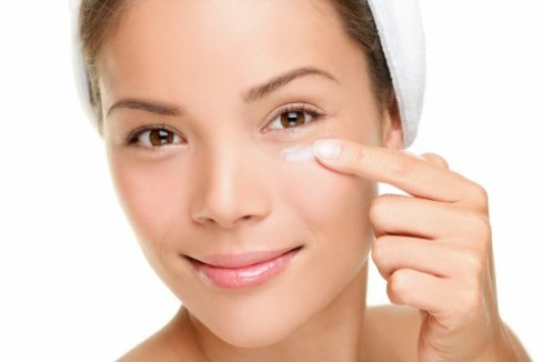 Eye Cream- Benefits Of Coconut Oil