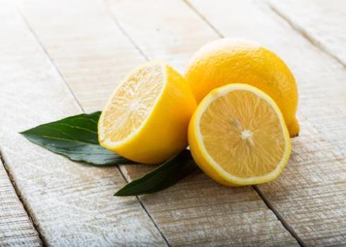 Genuis uses of lemons-Uptowngirl